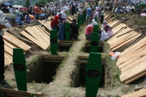 Graves_srebrenica_bosnia_and_herzegovina-744x496