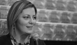 Iako je uvrijedila žrtve i svjedoke genocida, Kristini Ljevak dodijeljena novinarska nagrada